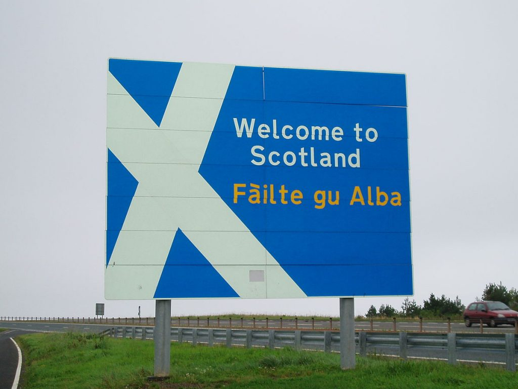 welcome-to-scotland-sign
